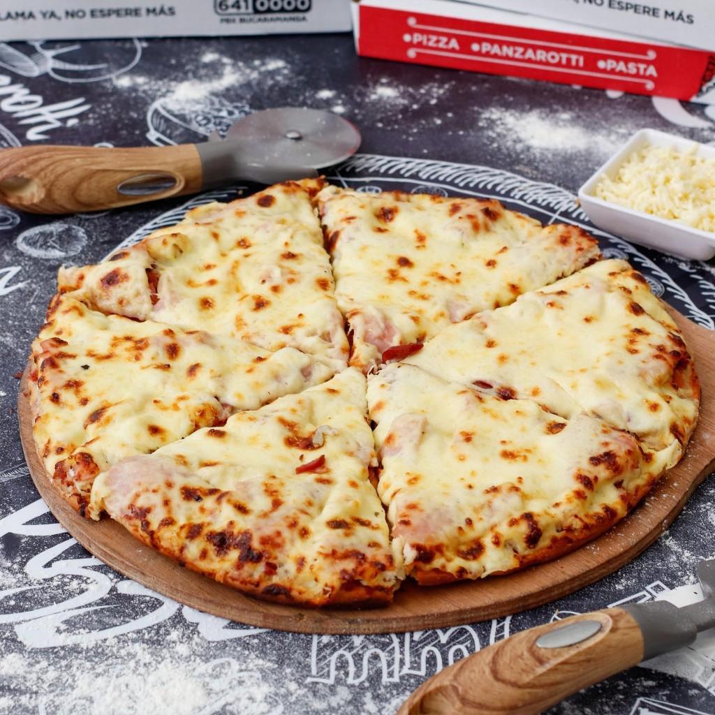 Pizza tradicional Carnes_1